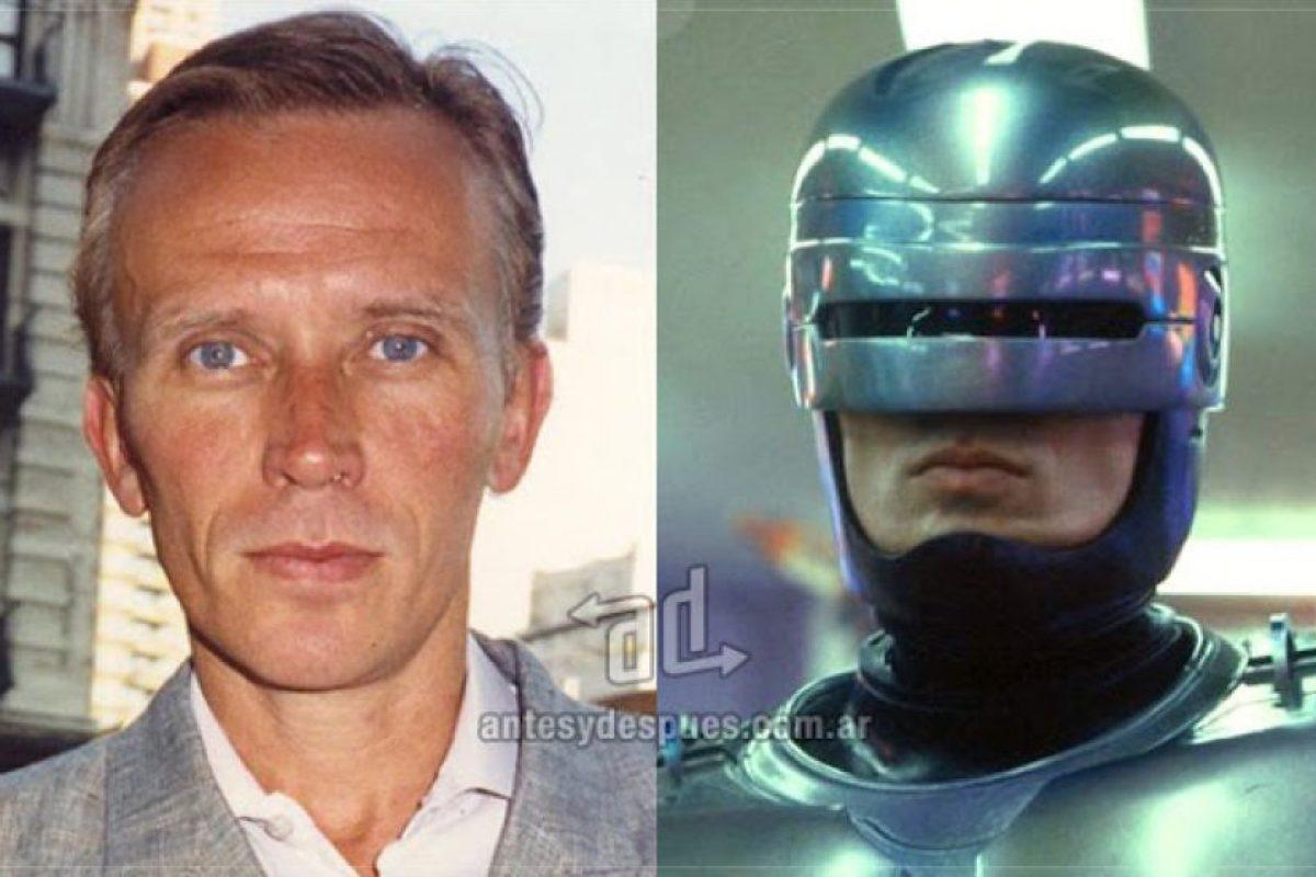 Peter Weller como Robocop.. Imagen Por: