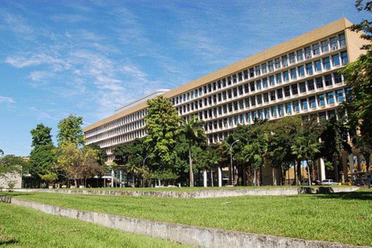 8.- Universidad Federal de Rio de Janeiro (Brasil). Imagen Por: