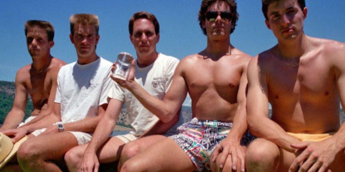 [FOTOS] Estos 5 amigos se han sacado la misma foto durante más de 30 años