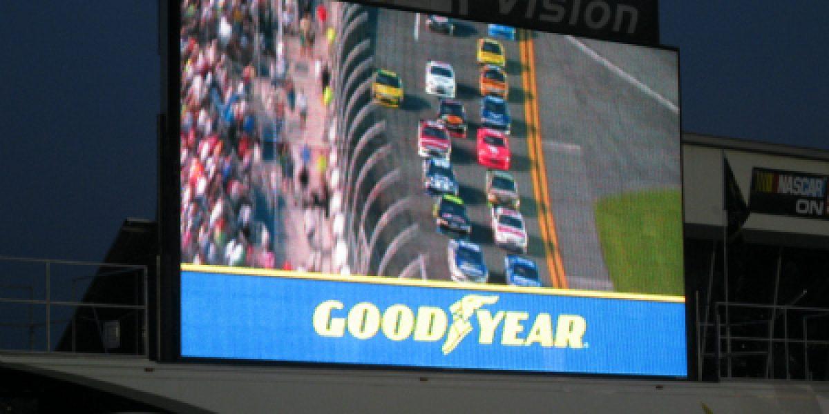 Tacómetro estuvo en las 400 millas de Daytona