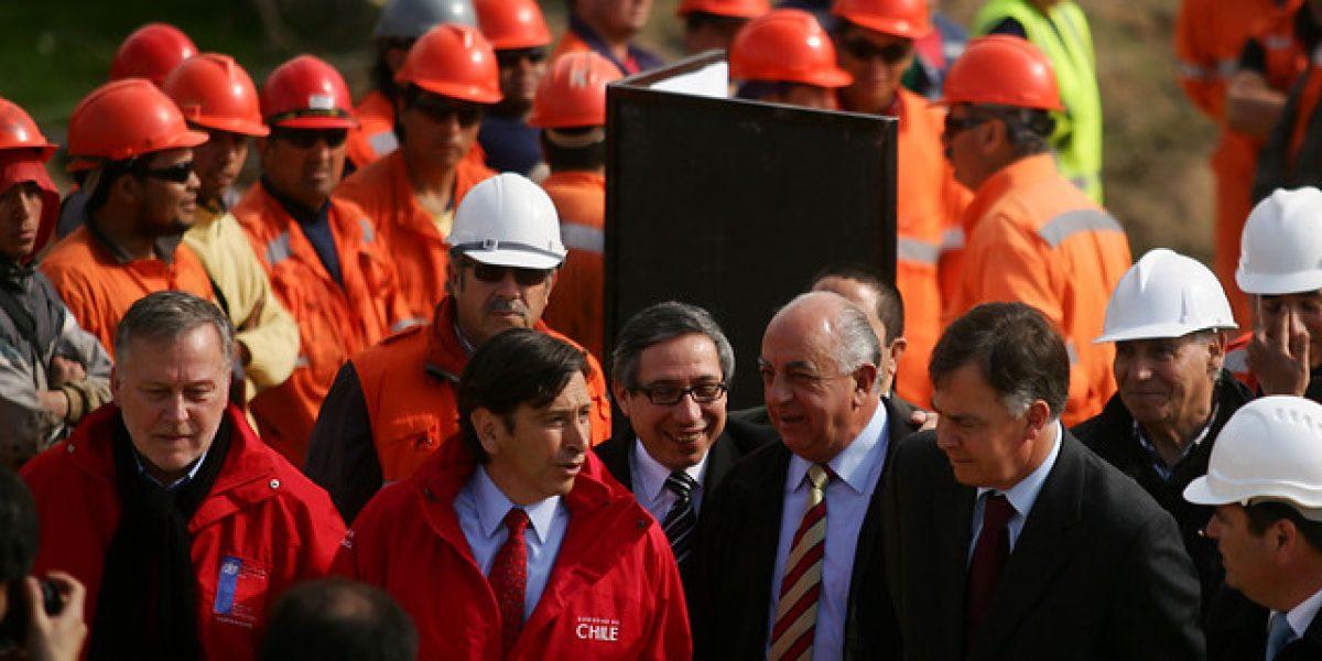 El Ministro Laurence Golborne visita trabajos de ruta Lo Orozco