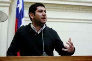 Camilo Ballesteros se presentará a Alcalde por Estación Central Foto:Agencia UNO. Imagen Por: