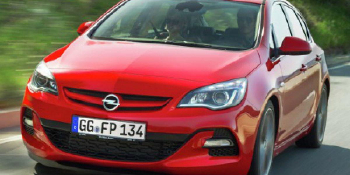 FOTOS: Opel Astra BiTurbo, el Astra diesel más potente de la historia