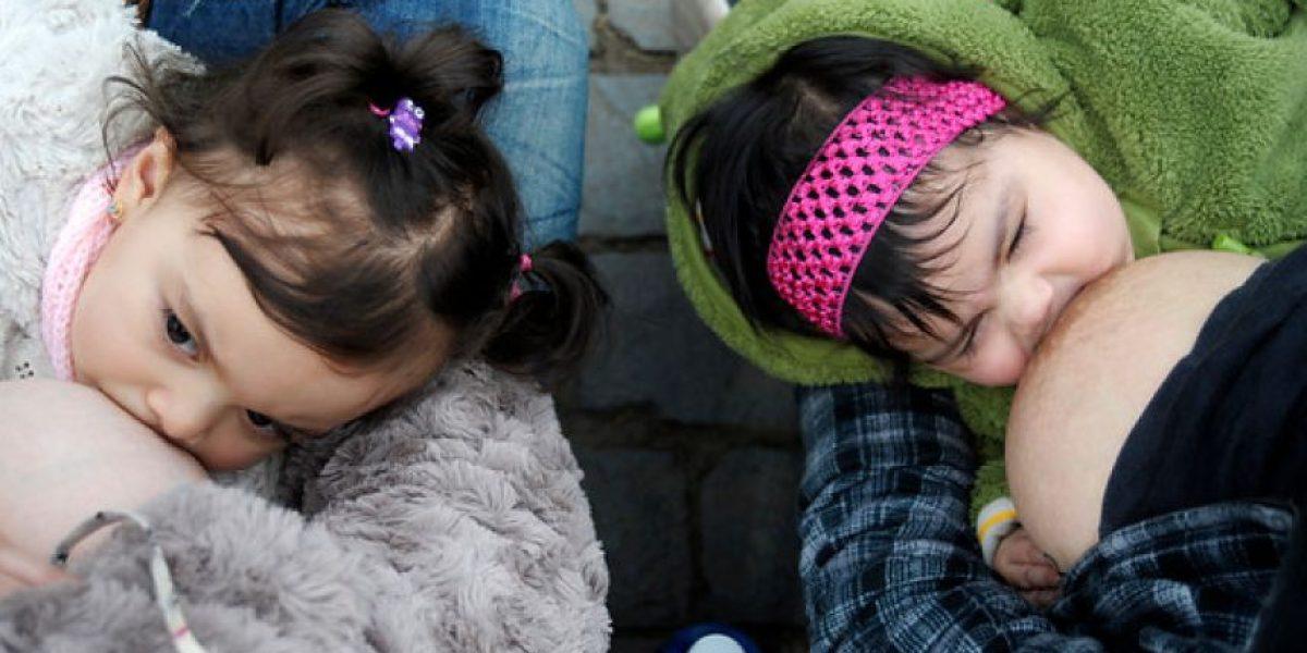 [FOTOS] Mujeres realizan singular manifestación en el Congreso
