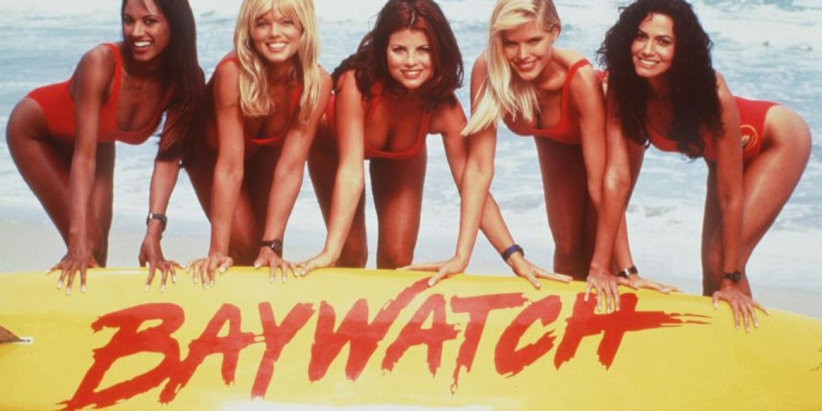Galería: Así están en la actualidad las bellas chicas de Baywatch... y Hasselhoff