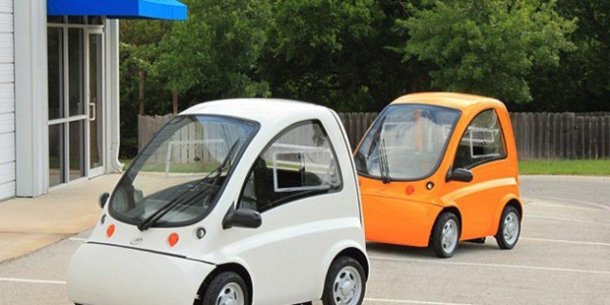Kenguru, el auto que se conduce desde una silla de ruedas