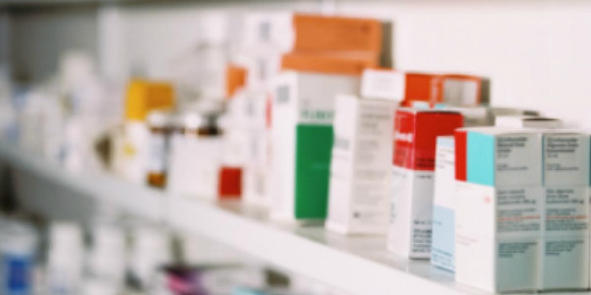 Retiran proyecto de venta directa de medicamentos