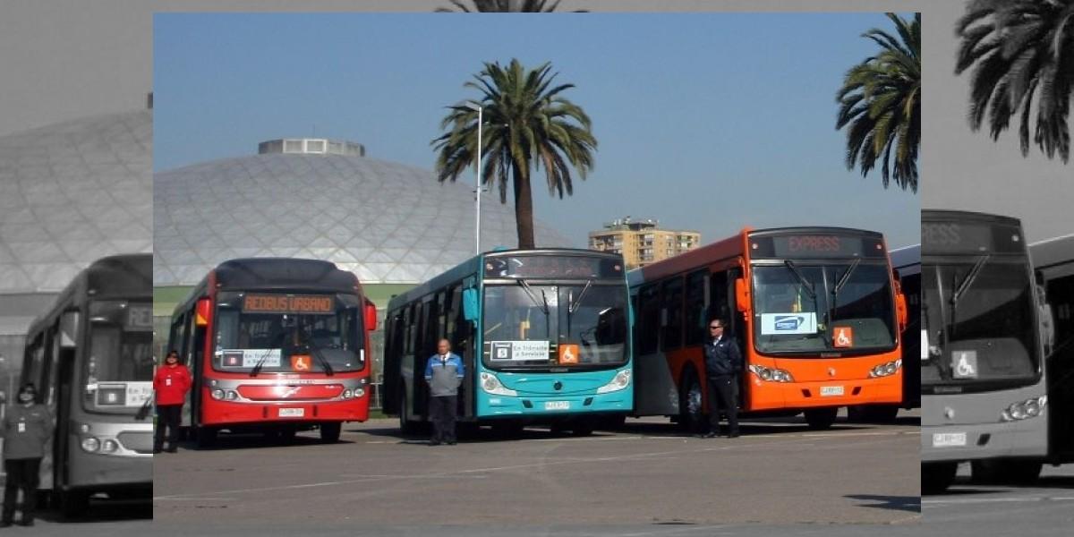 Ahora los buses del Transantiago tendrán televisores a bordo