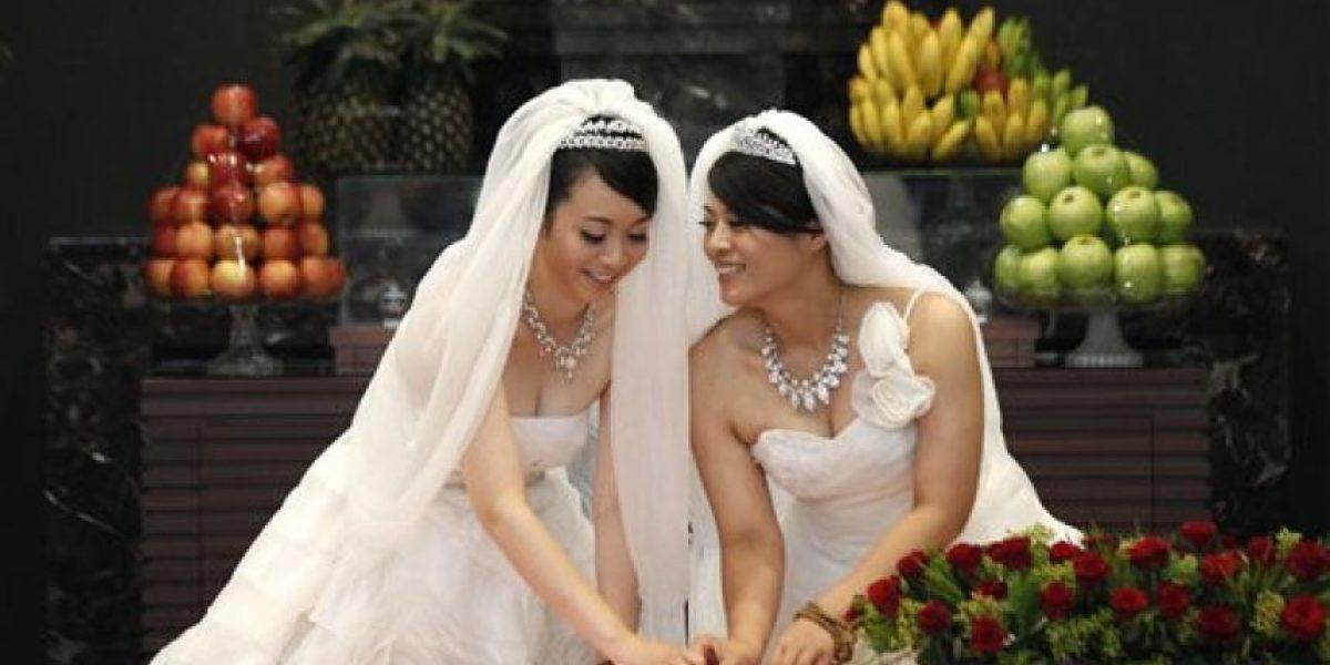 Fotos de la primera boda budista entre dos mujeres