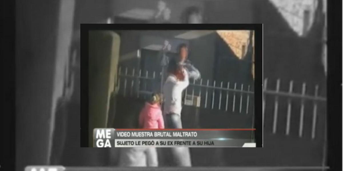 [VIDEO] Conmoción en Argentina por brutal agresión de sujeto a su ex esposa