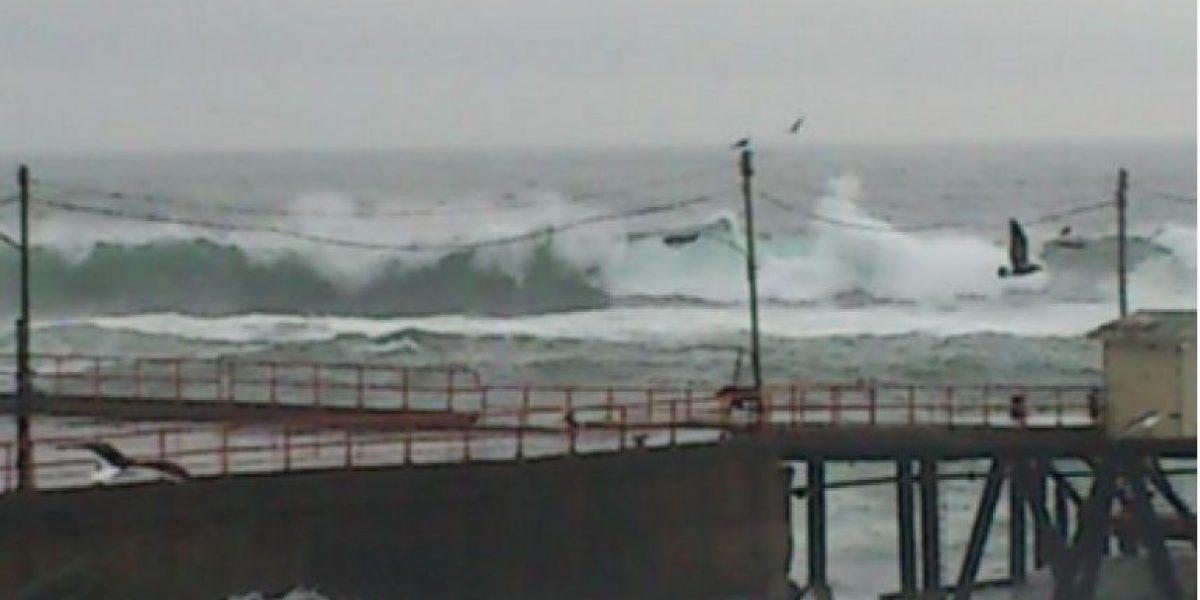 Fuertes marejadas en el litoral costero: Reñaca, Viña del Mar, Valparaíso y San Antonio los más afectados