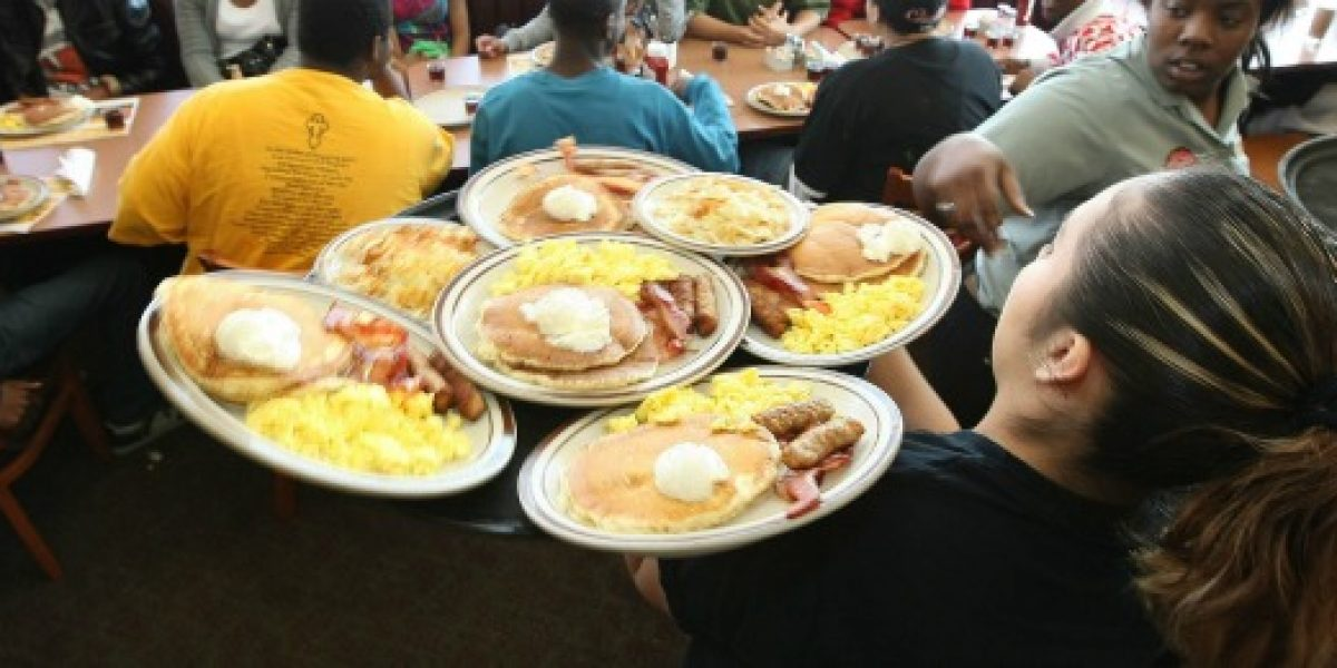 Se podrá tomar desayuno durante las 24 horas