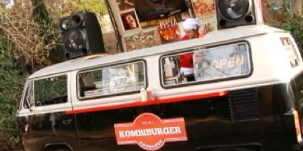 """Comida, fiesta y música en vivo ofrece la """"Kombiburger"""""""