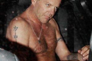 """Kiefer Sutherland, protagonista de 24 y películas como """"Generación Perdida"""", entre otras, ha sido protagonista de varias borracheras. En casi todas termina sin polera. Foto:Grosby Group / Derechos para Publimetro.cl. Imagen Por:"""