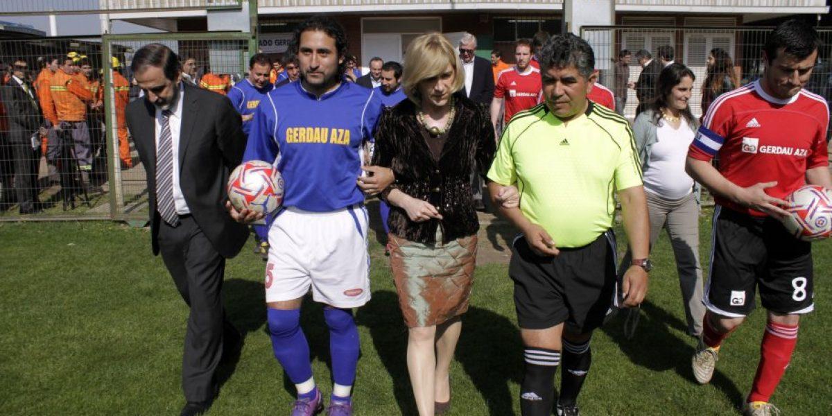 Ministra Matthei se la jugó por los trabajadores para que vean el partido