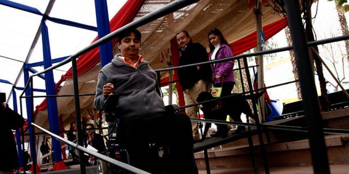[FOTOS] Inauguran primera fonda dedicada a discapacitados
