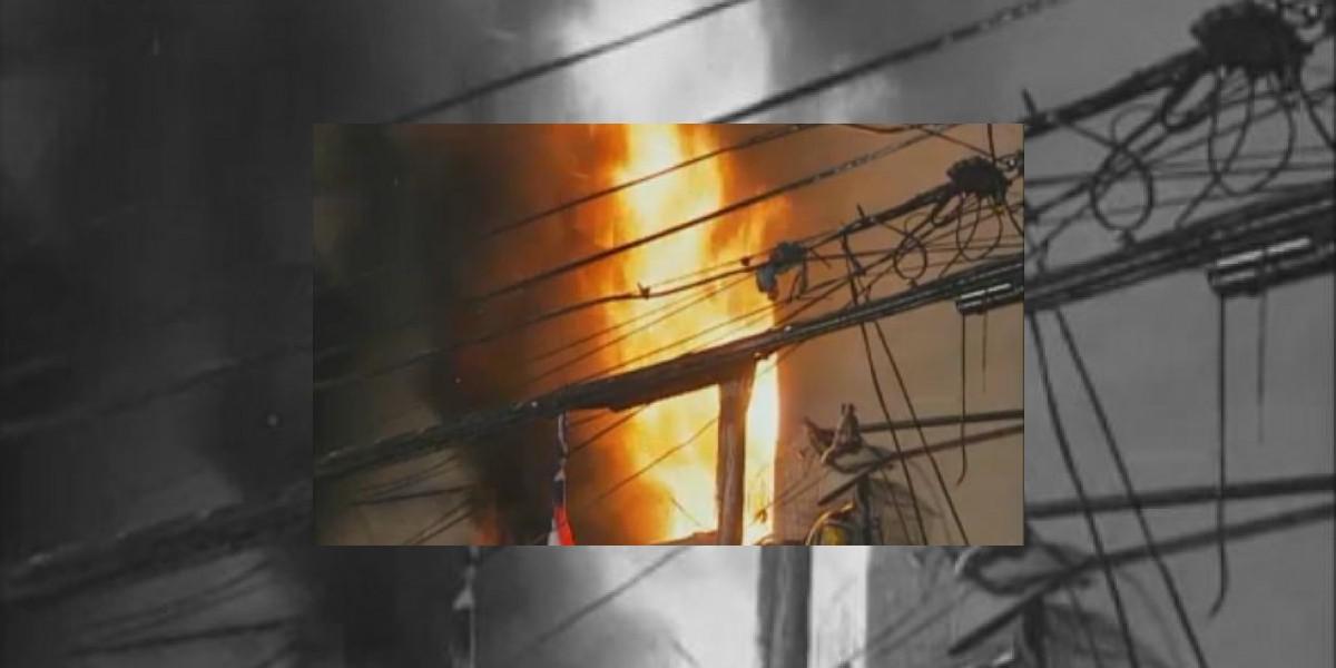 [VIDEO] Joven pareja fallece en voraz incendio en Estación Central
