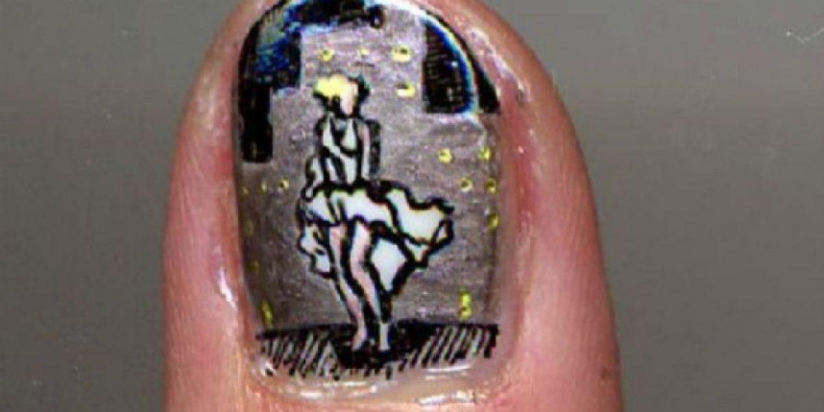 [FOTOS] Artista española recrea escenas y posters de películas en sus uñas