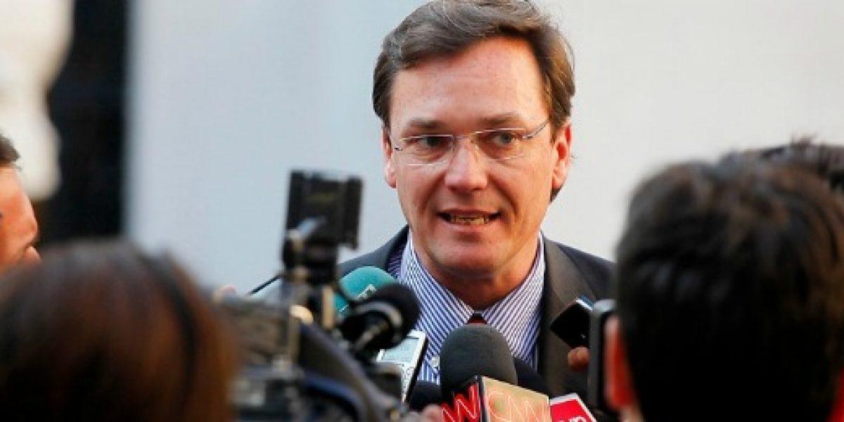 Subsecretario Wagner renuncia a su cargo tras invalidación del proceso de licitación del litio
