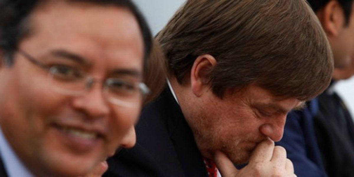 Polémica: Diputado Lautaro Carmona pide renuncia de Hernán de Solminihac