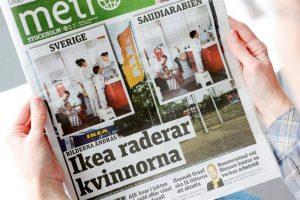 Una imagen dada a conocer por Metro en Suecia, la cual muestra los catálogos de la marca de decoración Ikea en Arabia Saudita. Como se puede ver, las fotos fueron modificadas para que no se vean mujeres. En la monarquía absolutista de ese país no está permitido enseñar demasiada piel en público, y eso ha afectado a la publicidad de la conocida marca sueca.. Imagen Por: