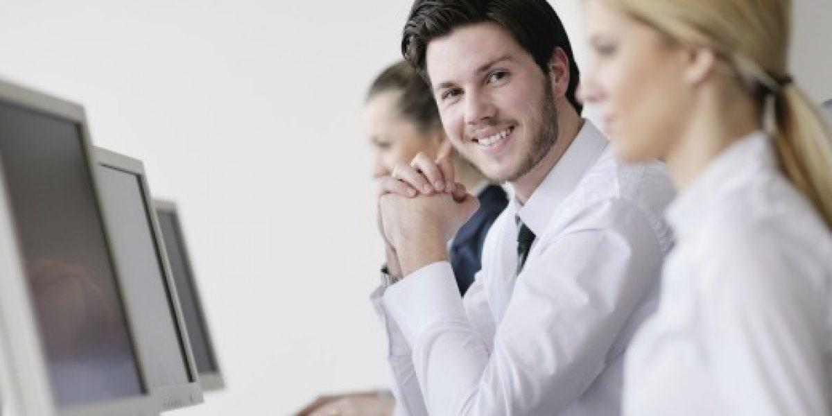 Cómo influyen tus cuentas en las redes sociales al buscar trabajo