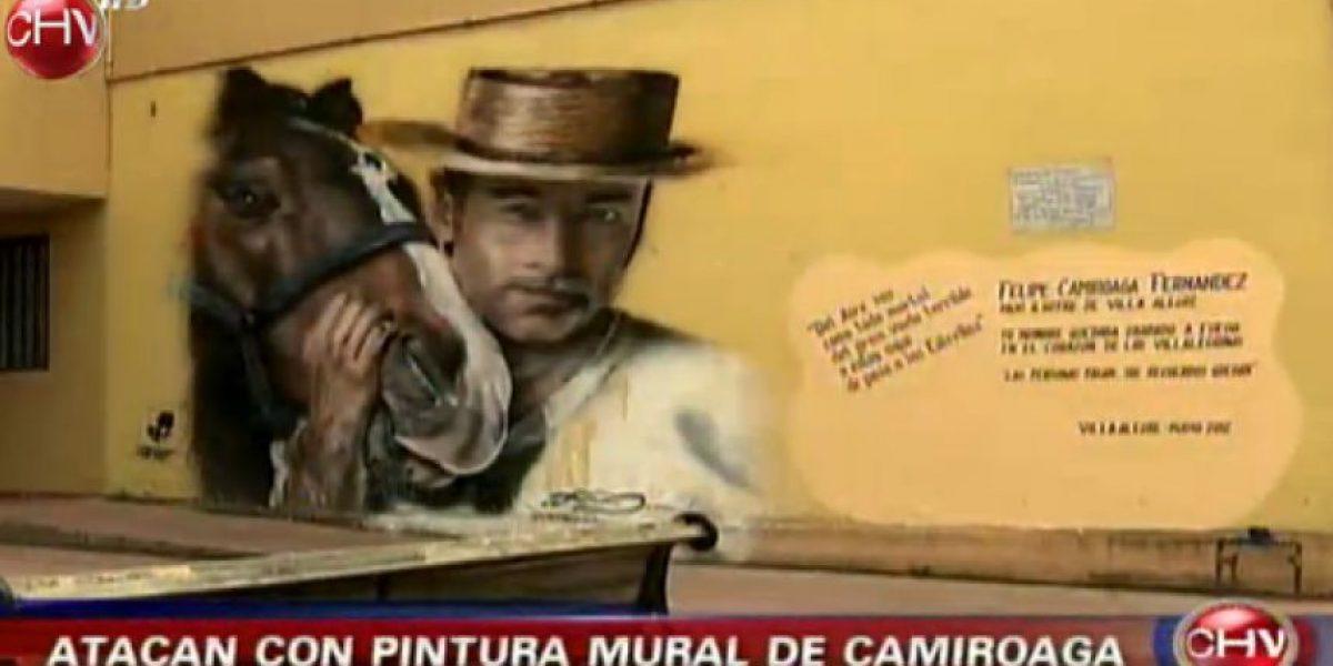 Mural en recuerdo de Felipe Camiroaga fue atacado en Villa Alegre