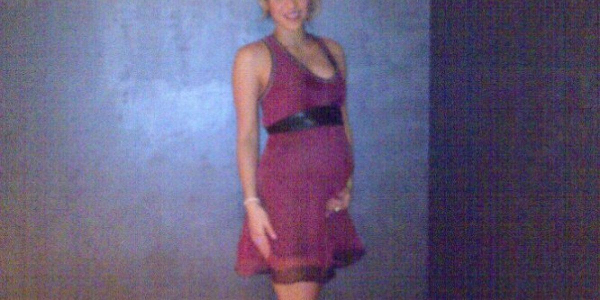 Shakira publica foto mostrando su embarazo