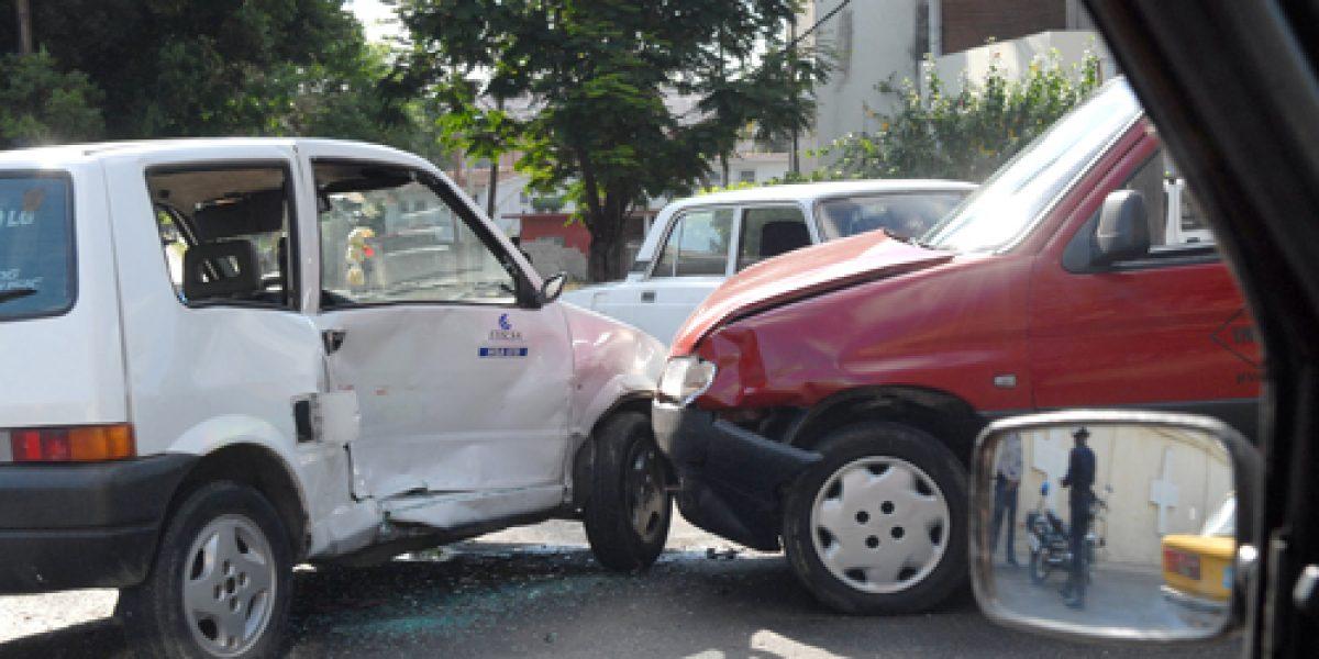 Las esquinas y paraderos más peligrosos de Santiago