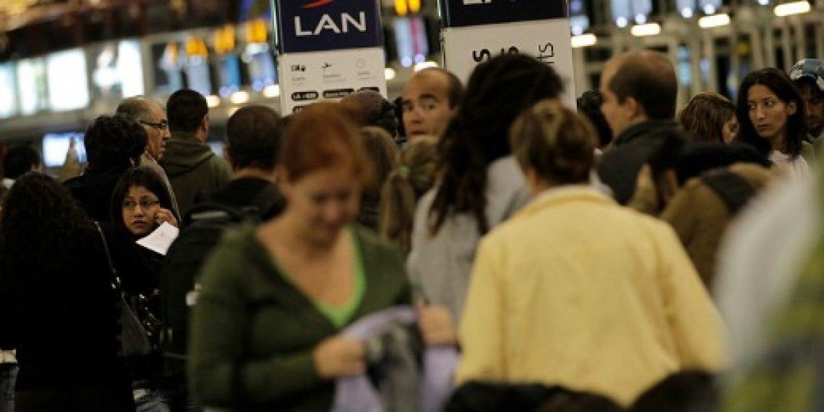 Aumenta venta de pasajes aéreos por el próximo feriado