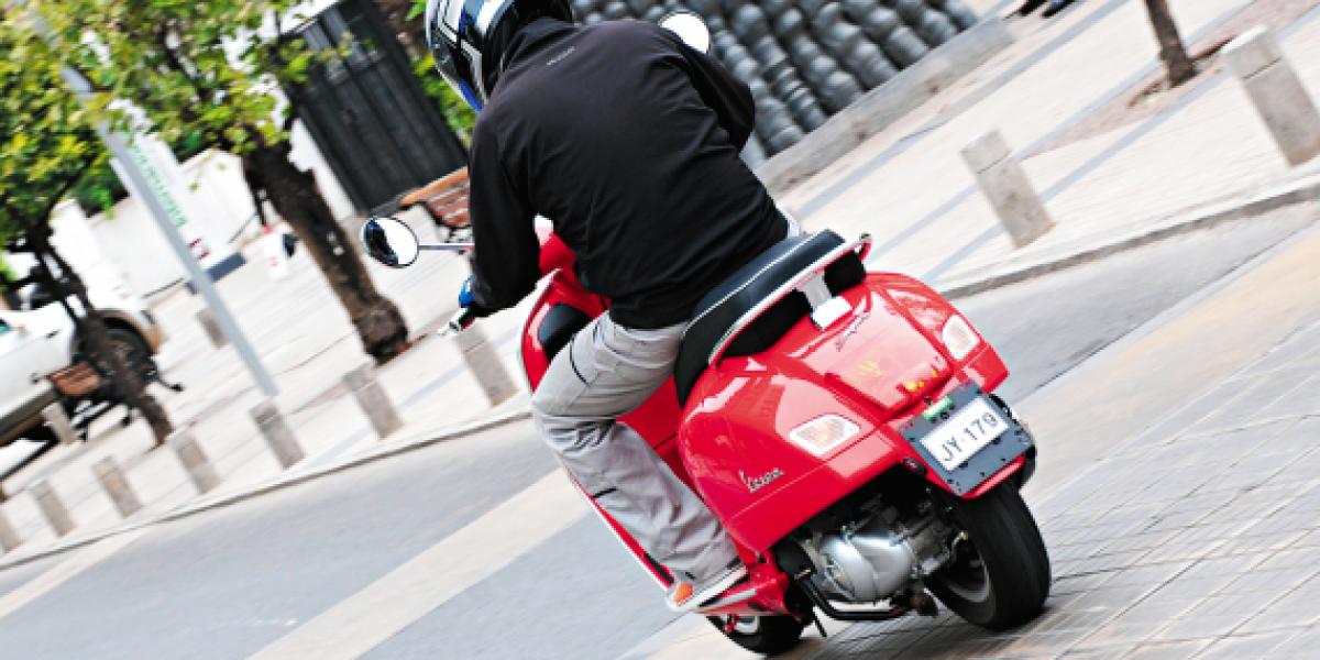 MOTOTEST: Vespa GTS 300