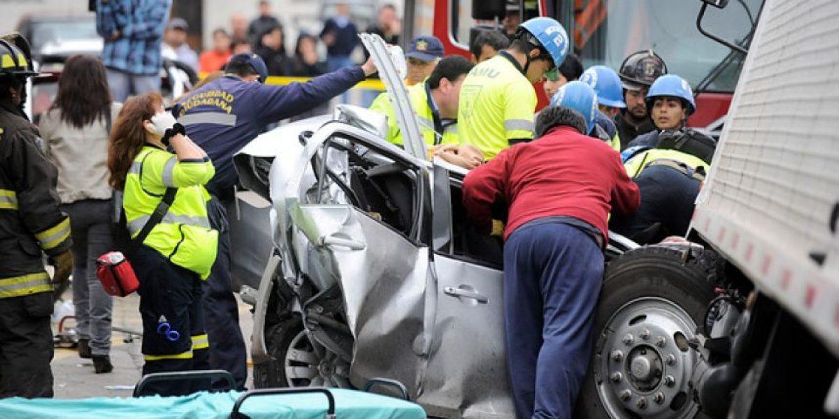 Accidente fatal en Viña del Mar: Camión sin frenos deja un muerto y varios heridos