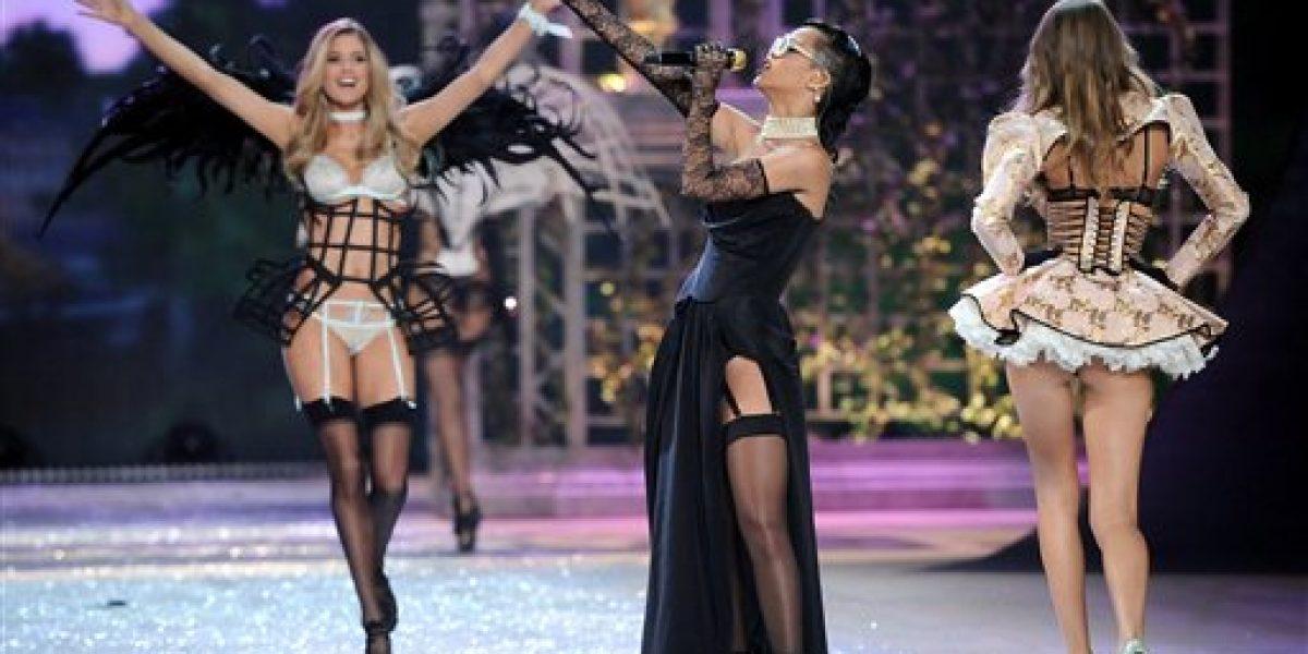 Justin Bieber, Rihanna y Bruno Mars se lucen show de Victoria