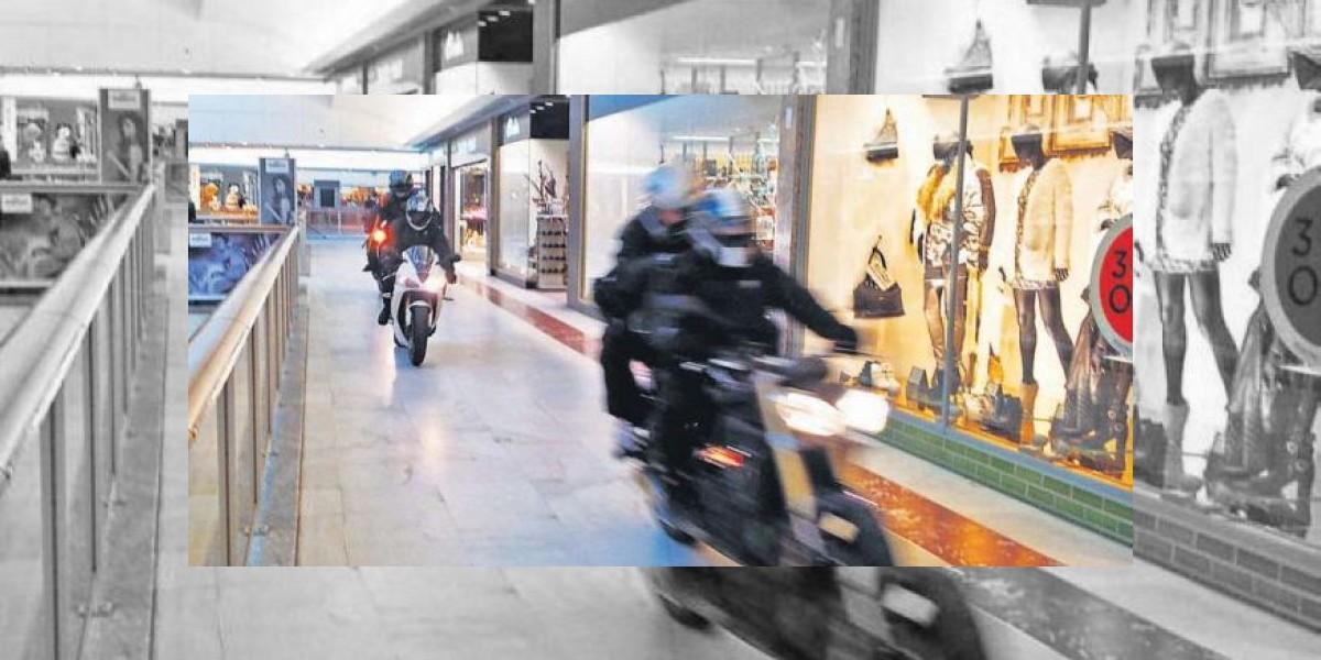Fotógrafo capta el momento exacto de un robo de película en centro comercial
