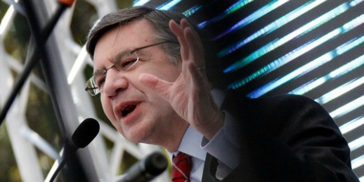 Ministro Lavín entrega fondos para negocios inclusivos