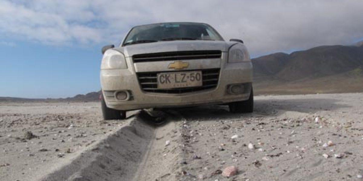 Cómo conducir un 4x2 sobre arena sin enterrarse en el intento