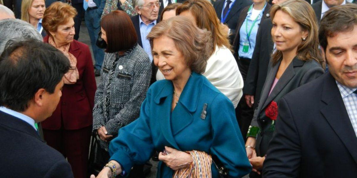 Sorpresivo encuentro en Cádiz de alcaldes chilenos con la Reina