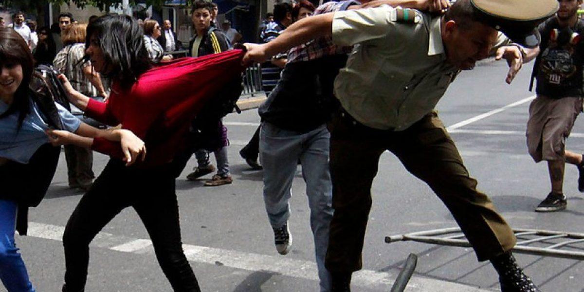 [FOTOS] Secuencia capta momento exacto de agresión a carabinero