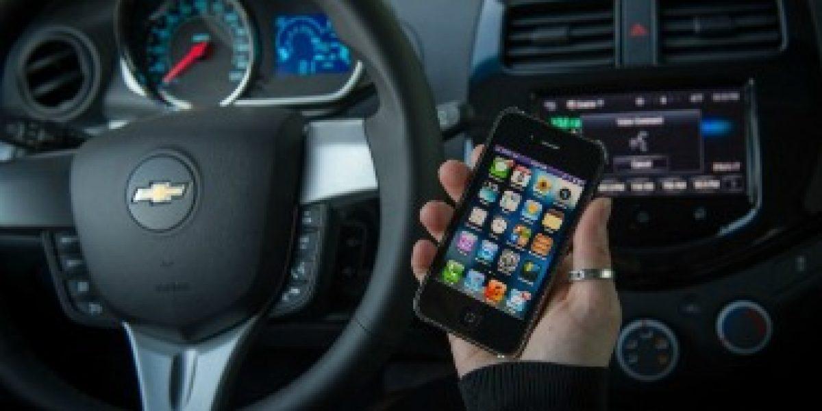 TECNOLOGÍA: Chevrolet integrará sistema de Apple en todo sus vehículos 2013