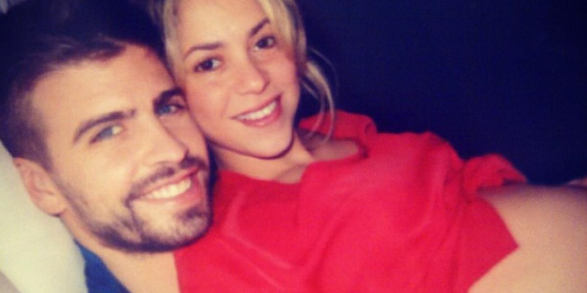 Shakira comparte tierna foto de su embarazo junto a Piqué