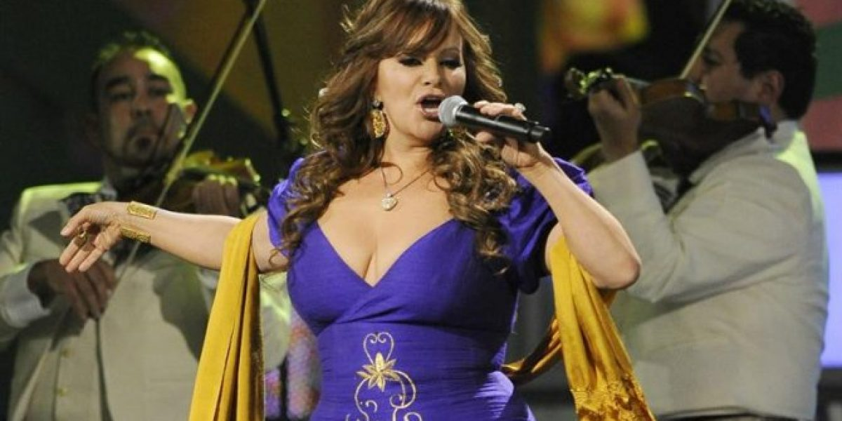 Desde Miguel Bosé a Paulina Rubio lloran la muerte de cantante mexicana en las redes sociales