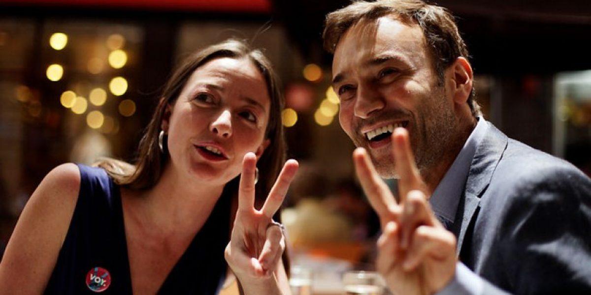 [FOTOS] Jordi Castell anunció su apoyo a Andrés Velasco junto a Consuelo Saavedra