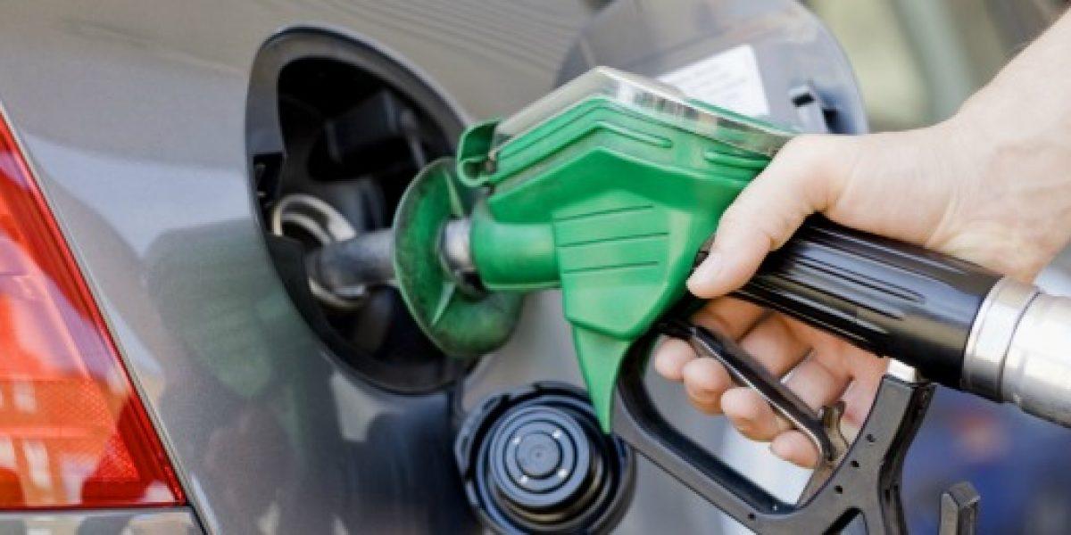 Sernac: Casi el 38% de las bencineras no bajaron sus precios
