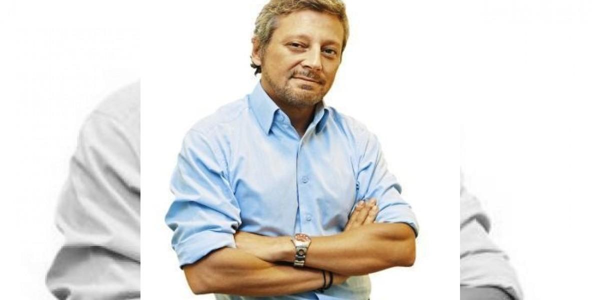 Columna de Juan Manuel Astorga y la renuncia de Larraín: