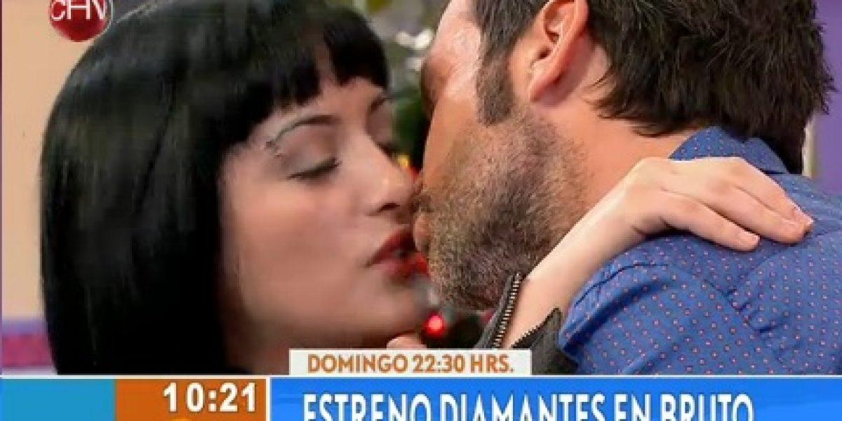 Cristián Sánchez se hace lindo y besa a joven de