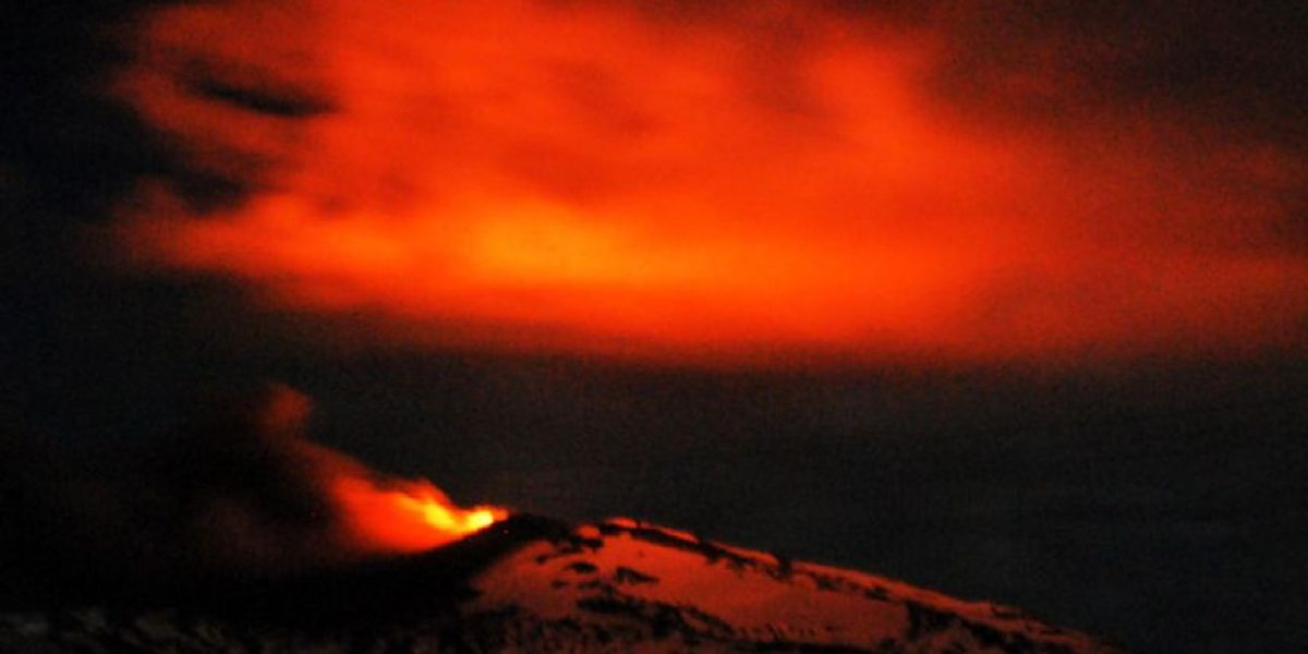 [FOTOS] Así se ve la erupción del volcán Copahue