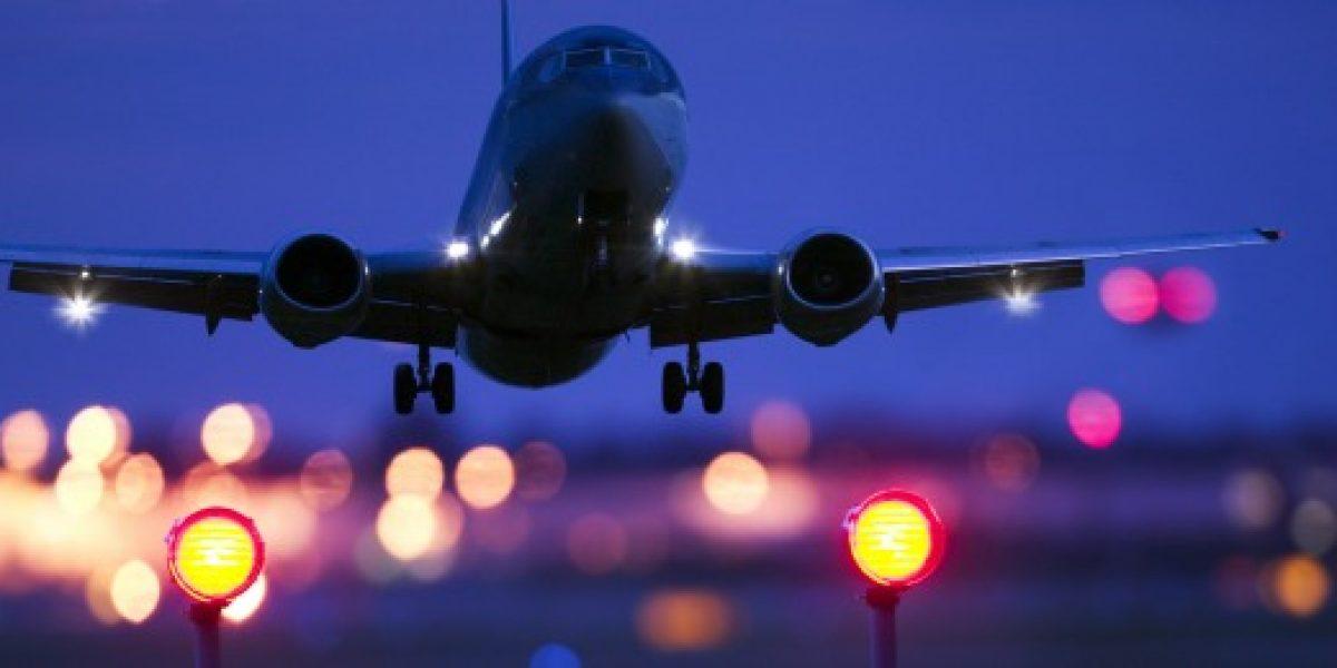 Transporte aéreo de pasajeros creció 16% durante noviembre