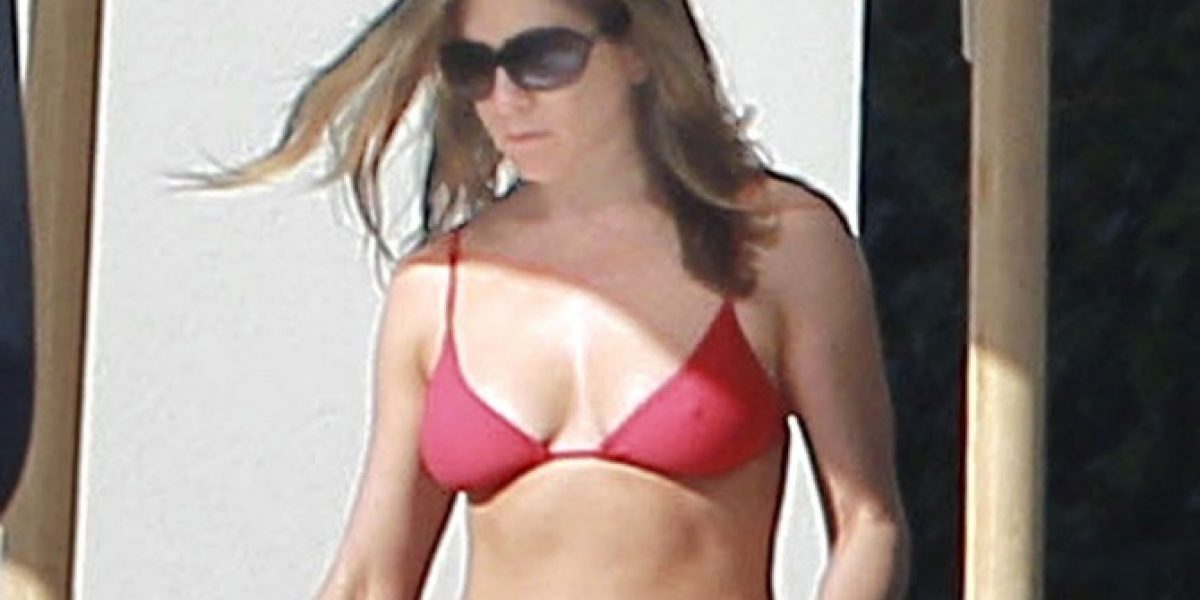 Jennifer Aniston y Rihanna se lucen en bikini durante Navidad