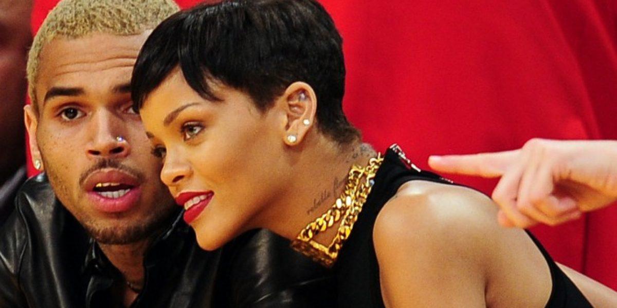 Rihanna y Chris Brown asisten juntos a un partido de la NBA