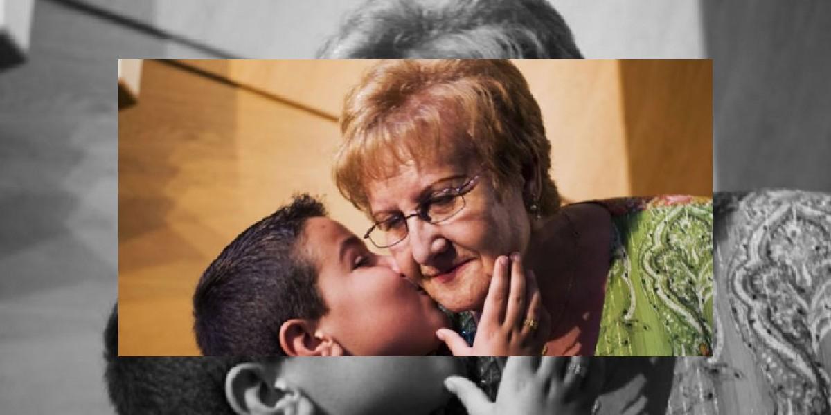 Estudio señala que tener abuelas nos vuelve más longevos